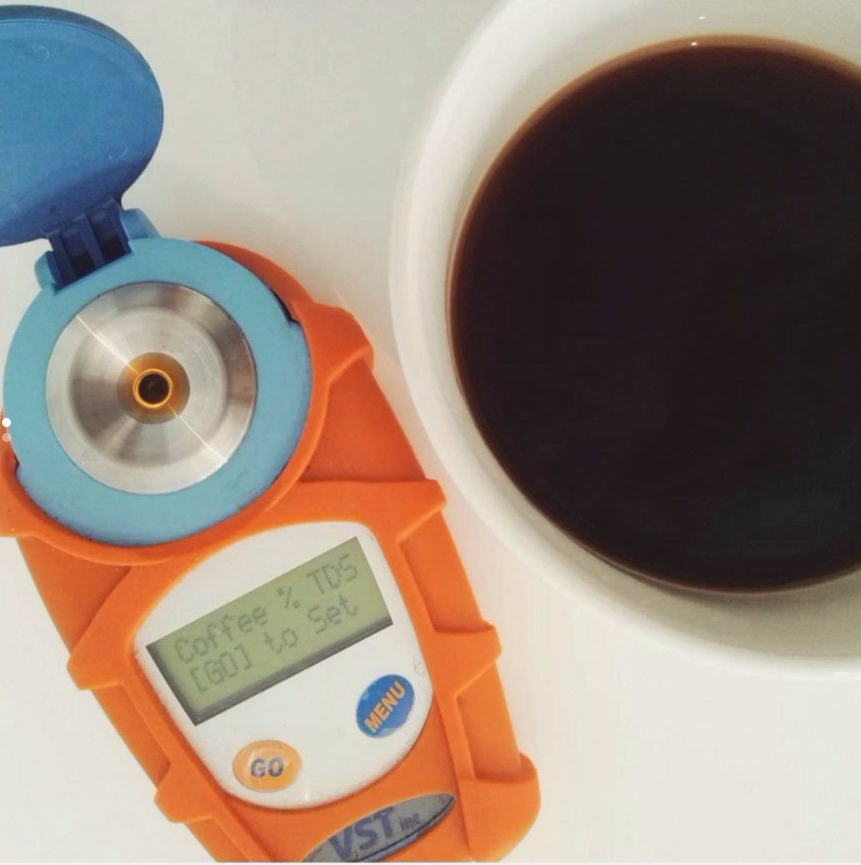 measuring-tds-coffee